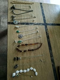 Necklaces and 2 sets comes with matching earrings Alachua, 32615