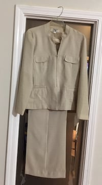 Women's Size 18 Larry Levine Tag still attached @$80 Bossier City, 71111