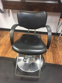 black leather padded rolling chair Ottawa, 61350