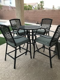 black steel framed glass top table with chairs Las Vegas, 89139