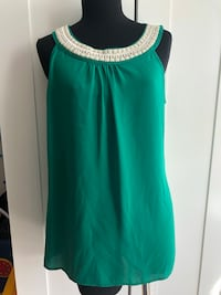 Banana Republic green beaded top. Size M New Westminster, V3L 0J1