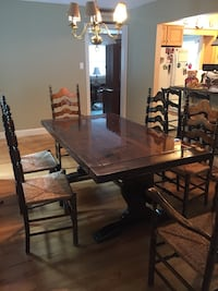 Dining room table with chairs Holbrook, 11741
