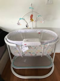 Fisher-Price Soothing Motions Bassinet, Windmill Arlington, 22204
