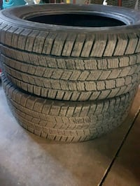 2 Michelin tires  275/55/R20