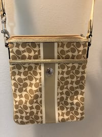 Coach Small Side Purse Augusta, 30909