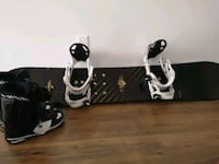 Snowboard, boots and flow bindings Oakville, L6K 3E5
