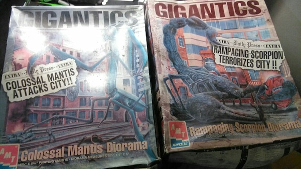 Used 2 classic never opened or used diorama for sale in Akron - letgo