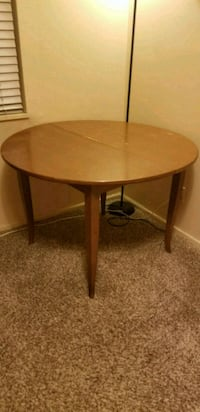 Table, expandable Colorado Springs, 80907