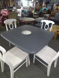 Beautiful kitchen table with 4 chairs. Excellent c El Paso, 79905