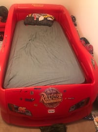 Red and black car bed frame Kitchener, N2N 0A1