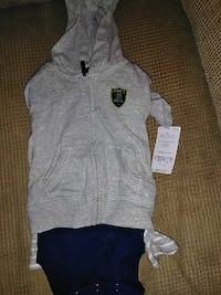 gray zip-up hoodie jacket