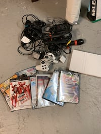 Playstation console and games Newmarket, L3Y 6A1
