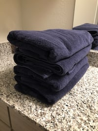 4 large navy bath towels