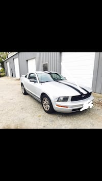 Ford - Mustang - 2005 Newport News