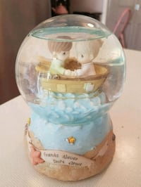 Precious moments collectable motion ocean globe  Whitby, L1N 8X2