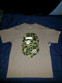 gray and green crew-neck t-shirt Los Angeles, 91342