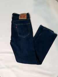 Levis size 9 (womens) Kitchener, N2E 3W9