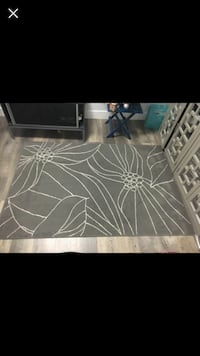 Black and white floral area rug Surrey, V3X 2Y2