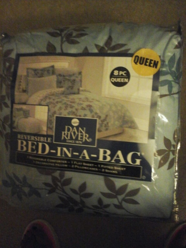 8 piece Queen bed in a bag