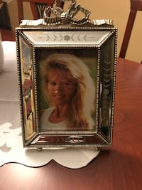Glass picture frame, brand new Toronto, M6A 1C3