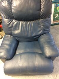 Recliner  Knoxville, 37921