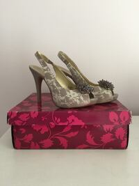 Beautiful Lulu Townsend Champagne Lace Open-Toe Shoes Heels Women's Sz 8.5 North Arlington, 07031