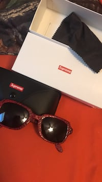 Supreme SS19 Marvin Red Snakeskin Sunglasses 100% Authentic Spring Grove, 17362