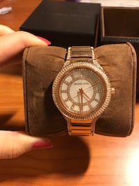 Authentic Michael Kors Rose Gold Kerry Pavé Crystal Watch 3751 km