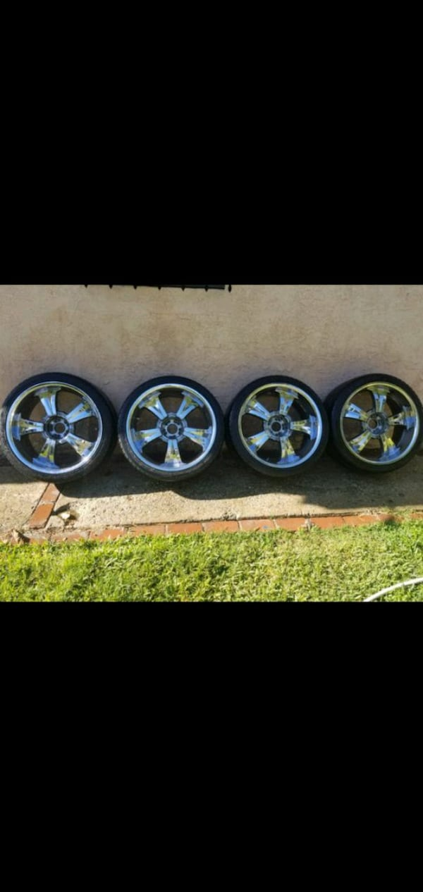 Rims 5 lug Fits Chevy and Dodge 22 needs 2 tires 4c1da47a-8290-4bdf-af3d-8288e98fc4f1