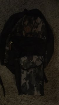 Used bag pack and lunch kit but in good condition  Red Deer, T4P 2X6