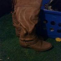 pair of brown leather boots Weston, 26452