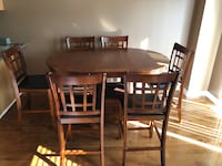 Counter Height Table & 6 Chairs Barrie, L4M 6K9