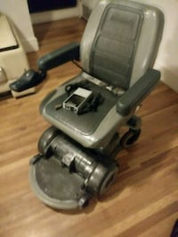 Mpv 5 HooveRound power chair. New batteries  Denver, 80220
