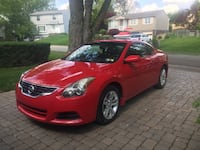 Nissan - Altima - Coupe 2012 Garage kept. Runs great. No mechanical issues. Sun roof and spoiler. HD headlights. Sharp fast car! 94K Irwin