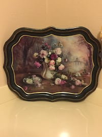 BEAUTIFUL METAL TRAY WITH VASE AND ROSES Yucaipa, 92399