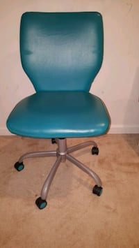 Mainstays Office Chair with Matching Color Casters Laurel
