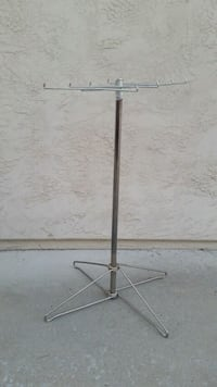 Metal Display Stand  San Diego, 92124
