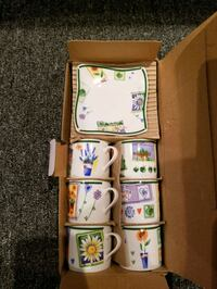 Set of espresso cups and saucers in the box Markham, L3T 5B9