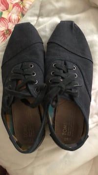 TOMS lace up shoes Springfield, 22152