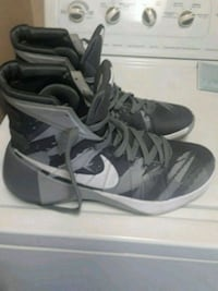pair of black-and-white Nike basketball shoes West Covina, 91791