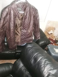 Womens jacket. Guess Las Vegas, 89139