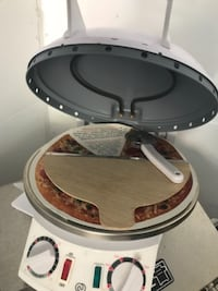 Home made pizza maker ! Brand new 10/10 never used.  Newmarket