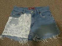 Levis girls 16 womans xs Winnipeg, R3L 0M1