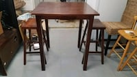 High Table with Stools Cortlandt, 10567