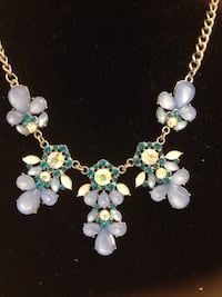 variety of gemstone studded floral pendant necklace Buena Park, 90620