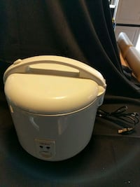 white and gray electric kettle 25 mi