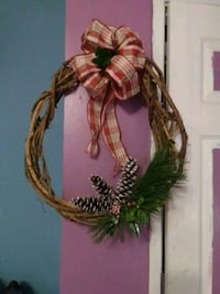 Hand made Christmas Wreath Louisville, 40229