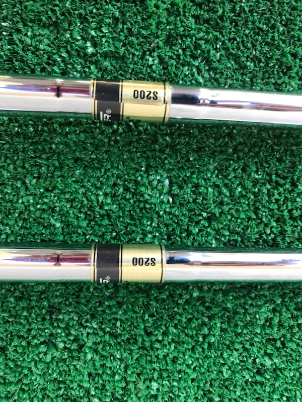 Matching Pair of MasterGrip Black Steel 3 and 5 Woods, Regular Flex ad952205-506d-4015-8a67-6a4a36114c64