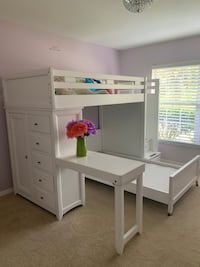 Girls Bunkbed Set with desk ( price is negotiable) Lehigh Acres, 33972