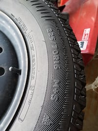 Arctic claw winter tires on rims used one season about 5000km . 225/70/16 tire size. Off a Nissan Rogue Ottawa